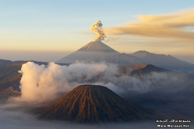 Indonesia, Java island, Bromo (2392m) and Semeru (3676m) volcanoes, early morning