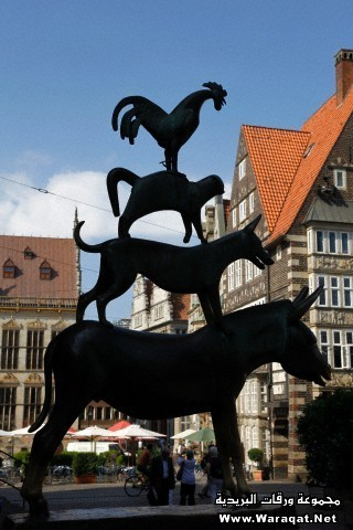 Bronze statue of Town Musicians of Bremen, Bremen, Germany, Europe